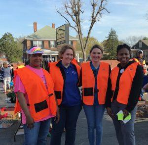 Henderson volunteer at United Way Yard Sale